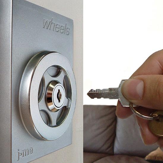 Auto-Schlüsselhalter Wheels metall